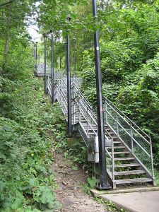 Wentworth_stairs